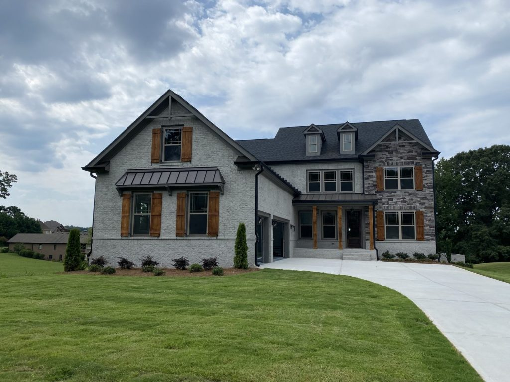 A home with a big yard in Braselton