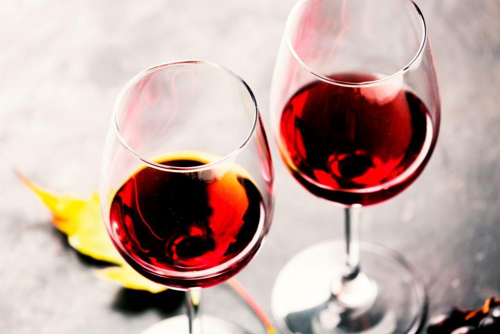 """Wine glasses """" manyapeace45 © 123rf"""""""